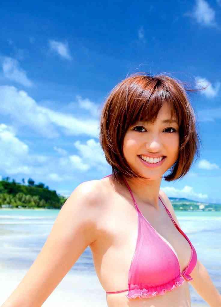 菊地亜美さんの水着